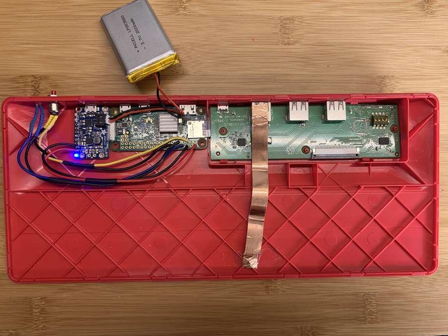El teclado Raspberry Pi comenzó a distribuirse esta semana